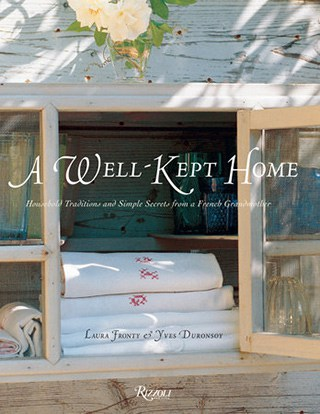 book cover of A Well Kept Home by Laura Fronty & Yves Duronsoy